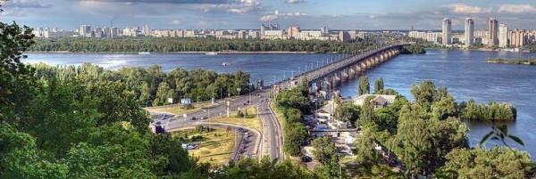 Мост имени Евгения Патона в Киеве