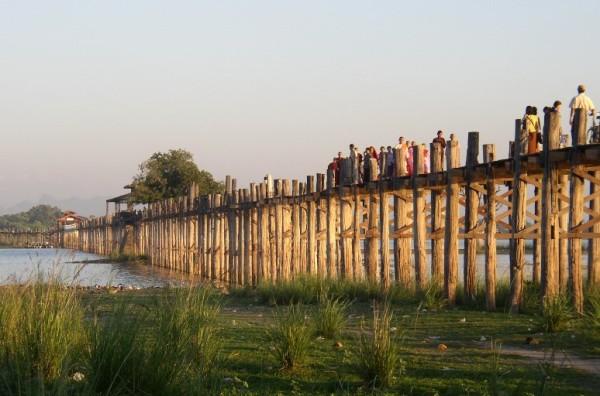 U Bein Bridge - самый большой в мире деревянный мост